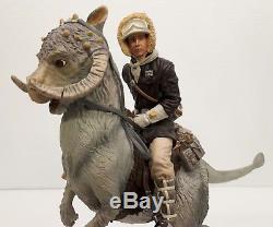 Gentle Giant Han Solo on TaunTaun STARWARS Statue