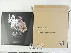 STAR WARS Hot Toys FINN FIRST ORDER RIOT CONTROL STORMTROOPER MMS 346 1/6 SCALE