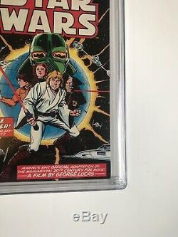STAR WARS number 1 COMIC BOOK 1977 WHITE PAGES 9.2. Just Arrived From CGC