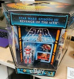 Star Wars 2012 San Diego Comic Con Exclusive Carbonite Jar Jar included