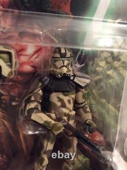 Star Wars Clone Trooper and Clone Commander Republic #83 Comic Pack