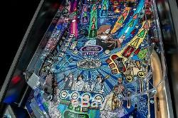 Star Wars PRO Pinball Machine by Stern! Comic-book Artwork Edition