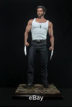 Wolverine statue. Logan 13 scale